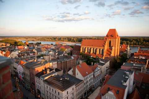 Small-Group Tour from Warsaw to Torun with Lunch