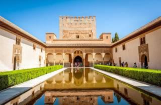Granada: Alhambra & Nasridenpaläste Führung - Schnelleinlass