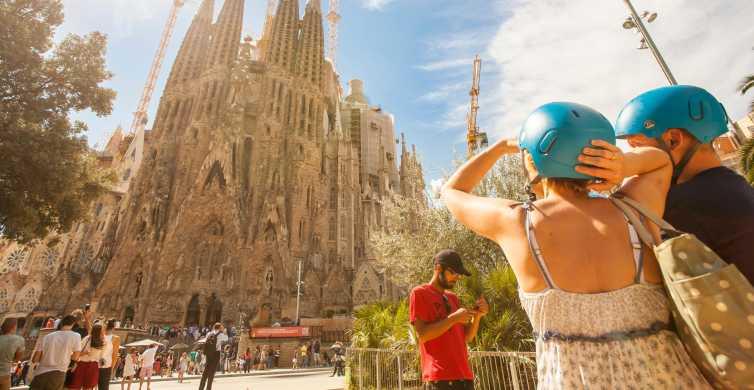 Barcelona de Gaudí: Excursão de 2 Horas de Segway
