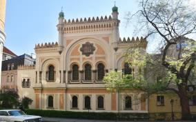 Prague: Jewish Quarter Walking Tour with Admission Tickets