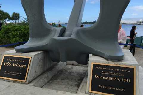 Tour todo incluido de un día a Pearl Harbor con tickets
