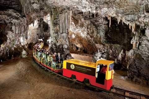 Cueva Postojna y castillo Predjama: desde Bled o Liubliana