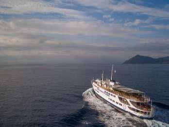 Athen: Tour zu den griechischen Inseln, VIP-Sitze und Lunch