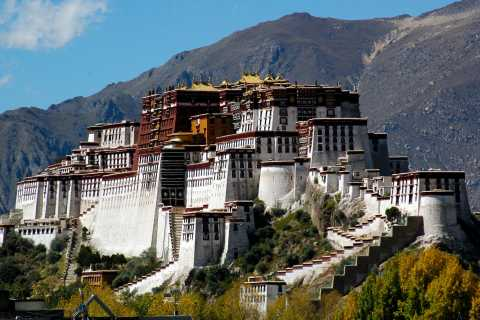 Lhasa: Private Full-Day Tour w/ Lunch