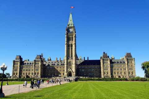 Ottawa Private Tour with a Local