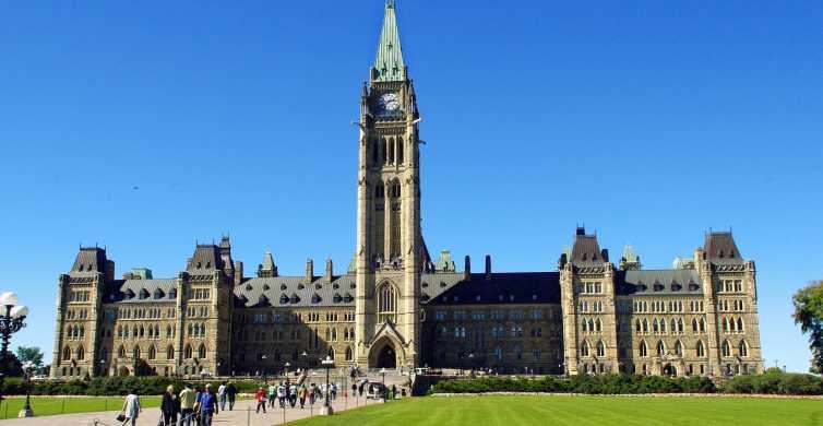 Ottawa Private Tour with a Local
