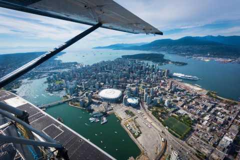 Desde Vancouver: vuelo y cena junto al mar en Bowen Island