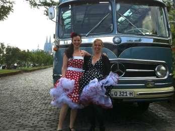 Nostalgische Busrundfahrt Köln mit Begleitung