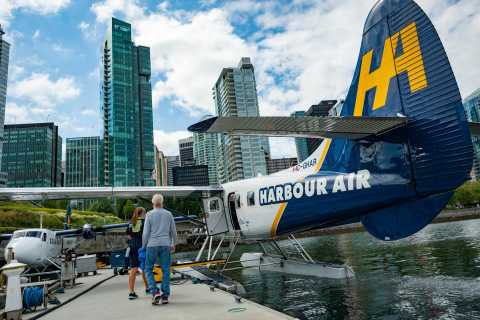 Vancouver: Private Panorama Flight by Seaplane