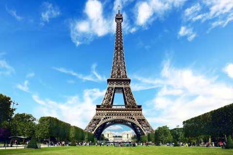 Paris: 2-Day Tour with Priority Eiffel Tower Access