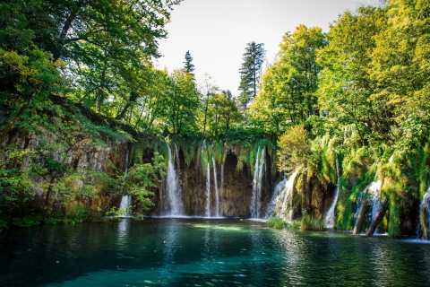 From Zagreb: Transfer to Split & Plitvice Lakes Guided Tour