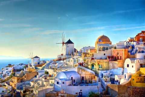 Santorini: Trails of Akrotiri & Oia Town Private 6-Hour Tour