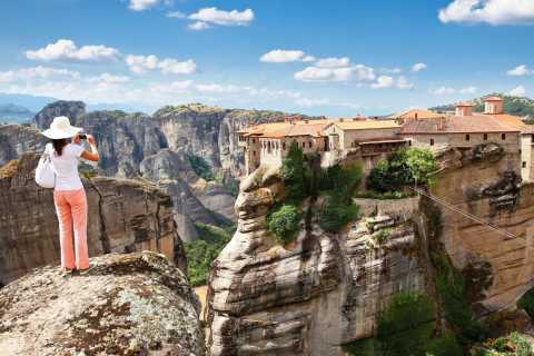 Meteora: 2-Day and 1-Night Tour by Train from Athens