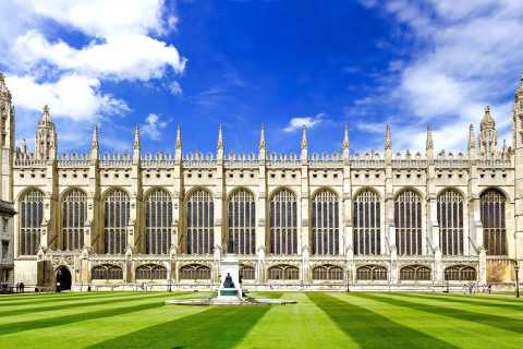 Cambridge: 1.5-Hour Places & People Walking Tour