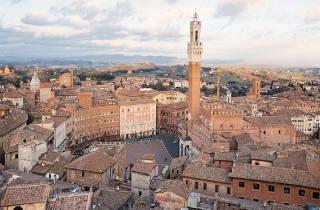Von Rom: Halbprivater Tagesausflug nach Siena und San Gimignano