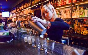 Lonely Planet Experiences: New York Speakeasy Cocktail Tour