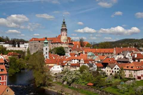 From Prague: Full-Day Cesky Krumlov Tour by Coach