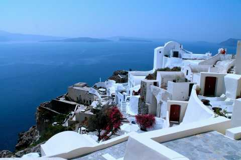 From Athens: Overnight Tour to Santorini