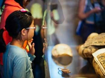 Private Familientour in Paris: Ägyptische Kunst im Louvre