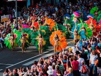 Ab Süd-Teneriffa: Karnevalsumzug in Santa Cruz de Tenerife