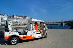 Lyon: excursão guiada de 1 hora pela cidade em Electric Tuk Tuk