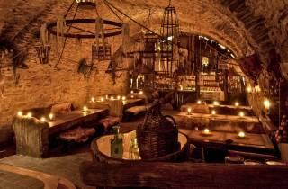 Prag: Mittelalter-Dinner mit unbegrenzten Getränken