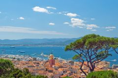 Traslado de barco de ida e volta em Saint Tropez saindo de Cannes