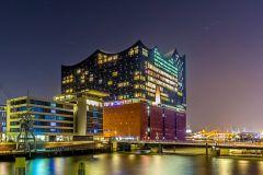 Tour Guiado na Elbphilharmonie: De Escândalo à Maravilha