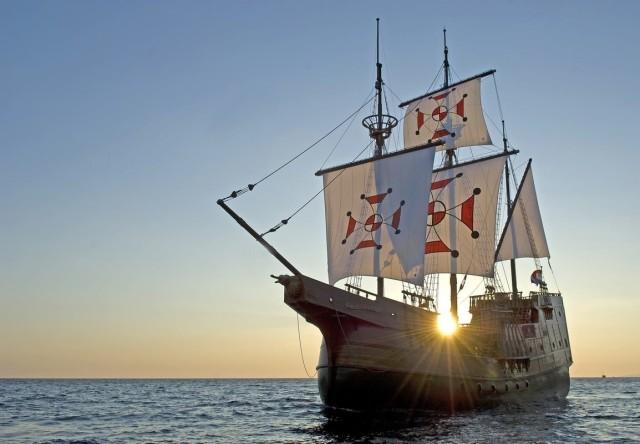 Dubrovnik: boottocht bij zonsondergang van 2 uur met diner