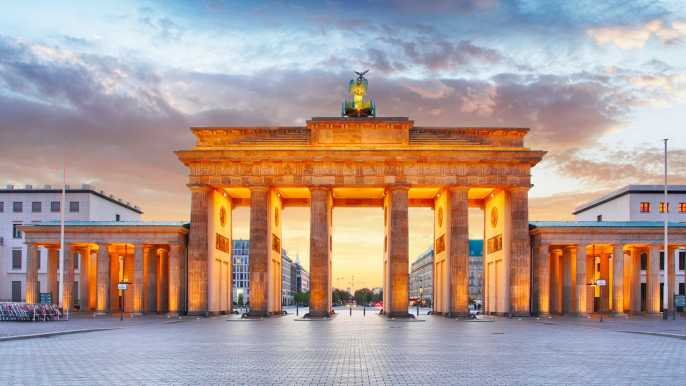 Berlin: Walking Tour to the Top 10 Sightseeing Attractions