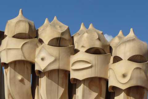 Barcelona: Gaudi Tour and Local Art Workshop
