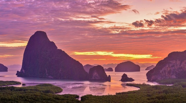 Sunrise in Phangnga with Off-Peak James Bond Island Visit