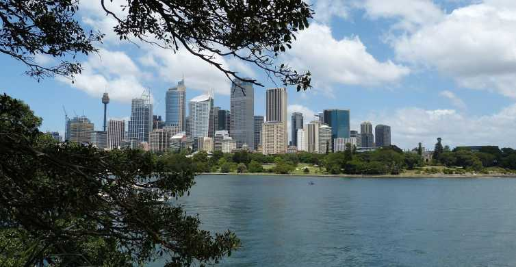 Sydney: Private Customizable Tour with a Local