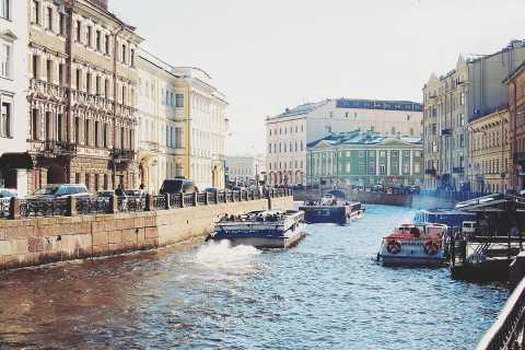St Petersburg: 2-Day Premium Group Shore Excursion