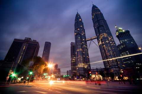 Kuala Lumpur: tour personalizzato privato a piedi con un locale