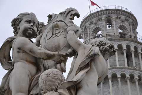 Livorno: dagtrip met privéstrand naar Pisa en Lucca