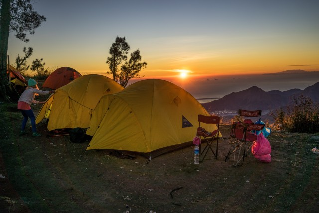 Bali: 2-Day Sunset and Sunrise Camping at Mt. Batur