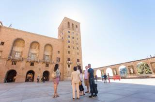 Ab Barcelona: Halbtägige Tapas- & Weintour Montserrat