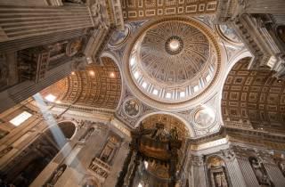 Nekropole & Petersdom: Führung mit offiziellem Vatikan-Guide