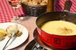 Zurich: Sightseeing and Gourmet Tour with Cheese Fondue