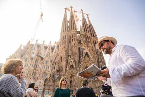 Barcelona: Gaudí Highlights Tour by E-Bike