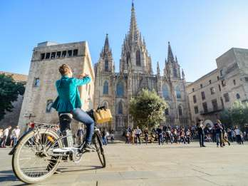Barcelona: Gourmet Wein- & Tapas-Tour mit dem E-Bike