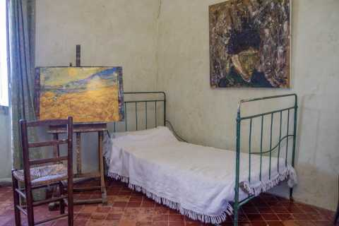 Follow the Steps of Van Gogh: Full Day Tour from Marseille