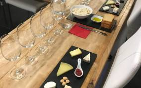 Barcelona: Wine & Cheese Pairing Experience with a Sommelier