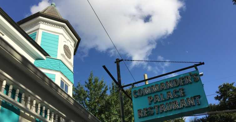 New Orleans: Garden District Walking and Storytelling Tour