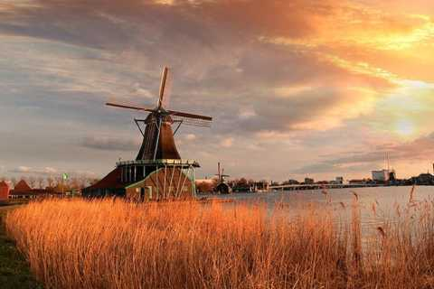 From Amsterdam: Villages and Windmills Tour