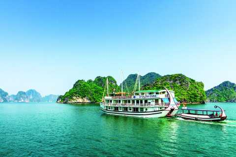 Gray Line Halong Cruise: 3D 2N with Transfer & Kayaking