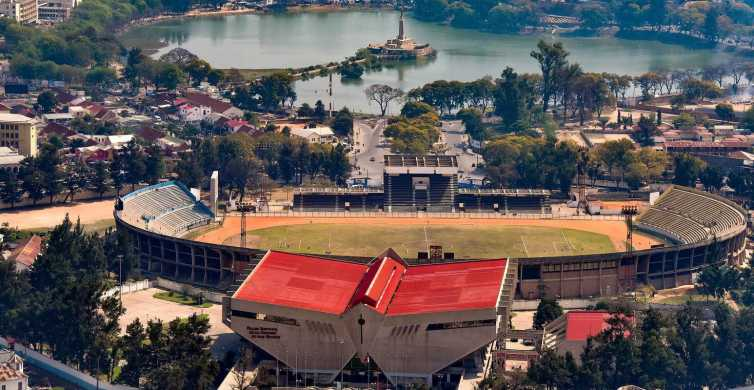 Antananarivo: Private Walking Tour with a Local Guide