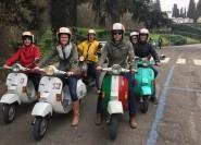 Ab Florenz: Tour durch die toskanische Landschaft mit einer Vintage-Vespa