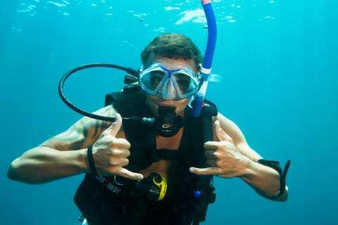 Moreton Island Day-Trip to Scuba Dive and More